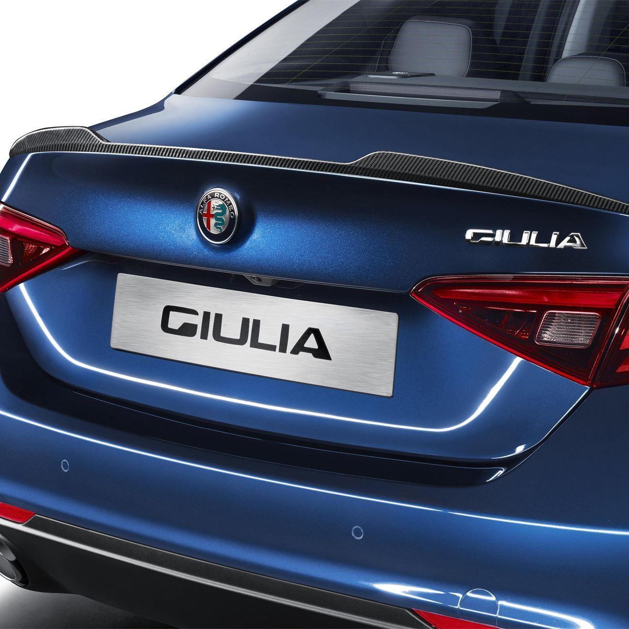 Giulia Carbon Fibre Rear Sylish Sport Spoiler